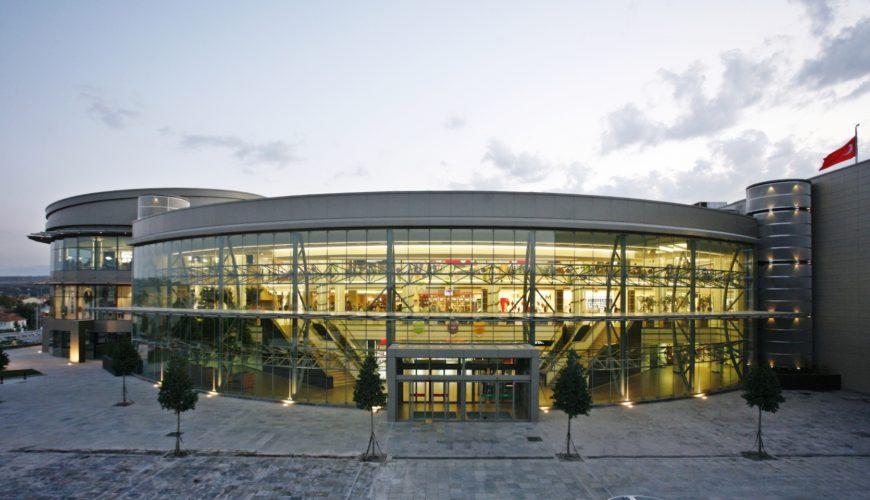 NEO Hipermarket, Ticaret Merkezi ve Sinema Kompleksi