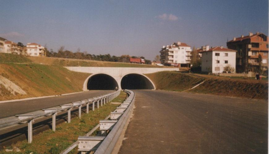 Kısıklı ve Tantavi Tünelleri ile İstinat Duvarları