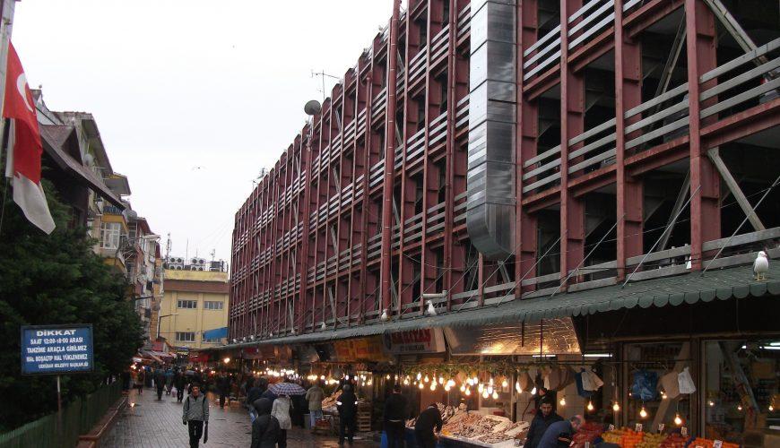 İstanbul Belediyesi Üsküdar Katlı Otoparkı